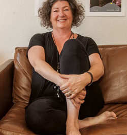 Ann Dyer Harnesses the Healing Power of Sound