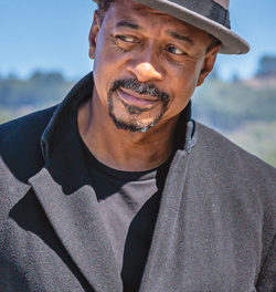 Robert Townsend Shares Truths on Stage