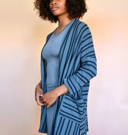 Discover Easy-to-Wear Clothes at Neeko